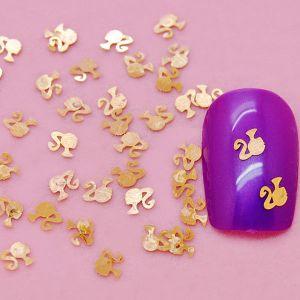 декорация на маникюр  златно момиче