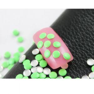 Флуорестцентчета за нокти в зелено