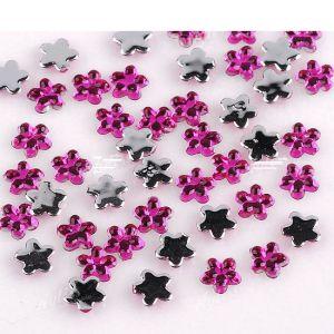 Цикламени кристални цветя